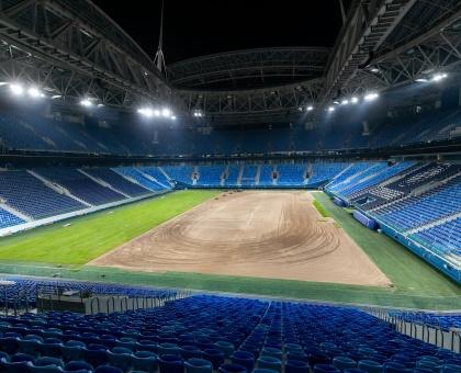 """Обложка к новости """"На «Газпром-Арене» завершились работы по перекладке газона"""""""